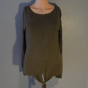14th and Union Long Sleeve Olive Top
